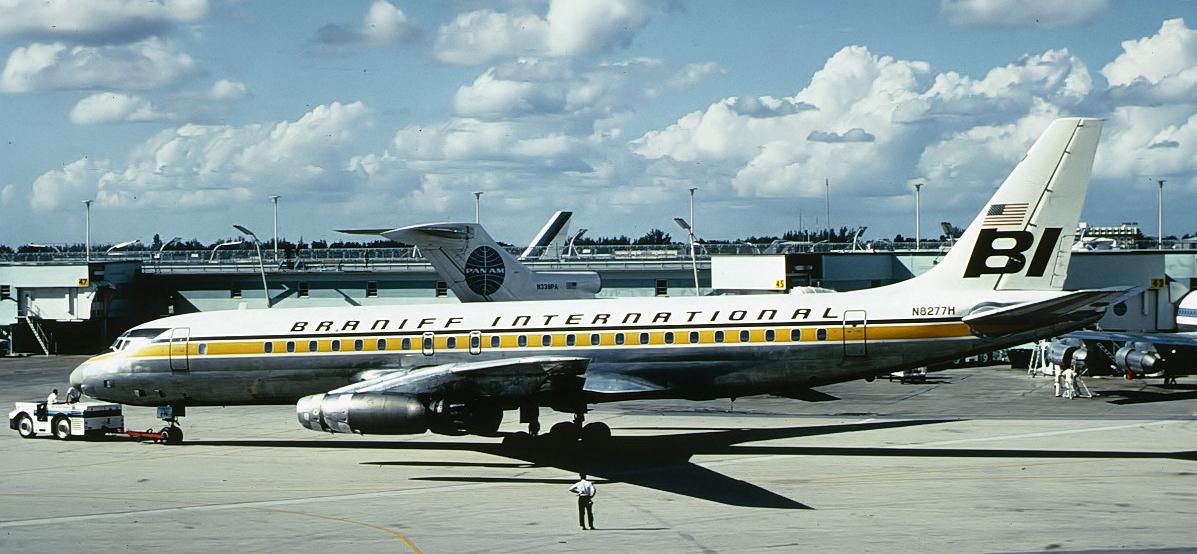 Braniff DC-8 Panagra colors